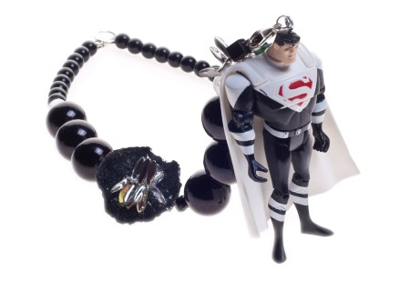 /shop/408-667-thickbox/assorted-flavors-superman-noir-necklace.jpg